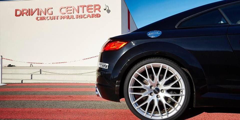 Essai du Pirelli Pzero sur le driving center