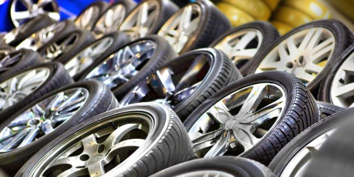 Marque de pneu : les groupes de manufacturiers