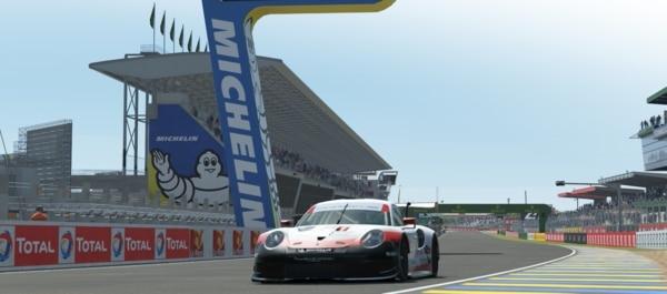 24h du Mans en circuit virtuel : Michelin fait du esport en compétition