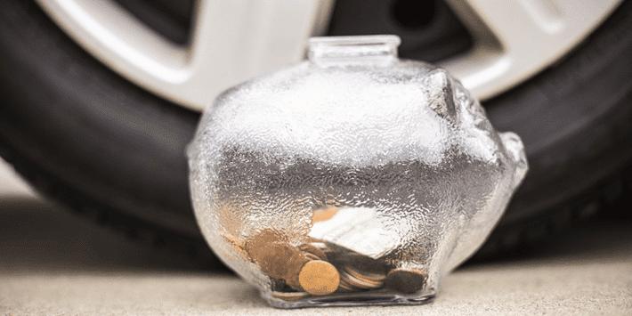 Pneus pas cher : un comparateur de prix et de performances de pneus vous aide à faire des économies