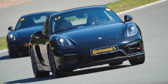 Porsche à l'essai pour le Continental SportContact 6