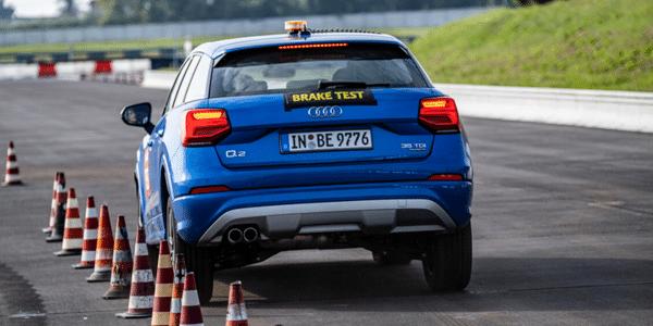 Test de freinage des pneus été de marques pas cher par ACE Lenkrad