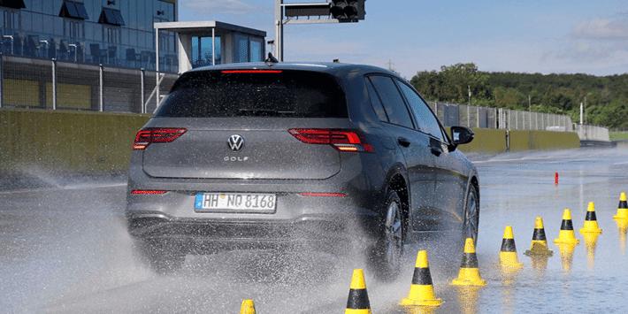 Test pneus 4 saisons : Auto Bild fait un grand comparatif de pneus toutes saisons pour citadines et voitures compactes