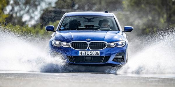 Test pneus hiver : meilleurs pneus sur sol mouillé pour berlines dans le comparatif AMS