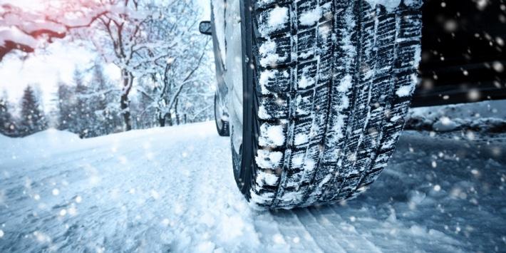 rezulteo vous aide dans le choix de vos pneus hiver parmi une sélection de produits adaptés et performants.