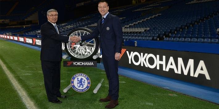 Annonce officielle du partenariat, M. Noji de Yokohama et John Terry du Chelsea FC